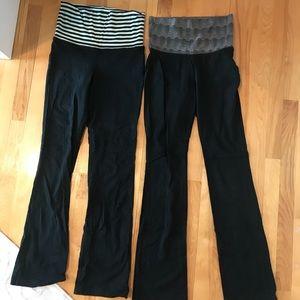 Pair of black yoga pants w/ designed/foldable band